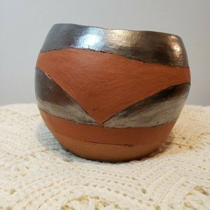 Zimbabwe Collection vase Pier One Pottery Limited
